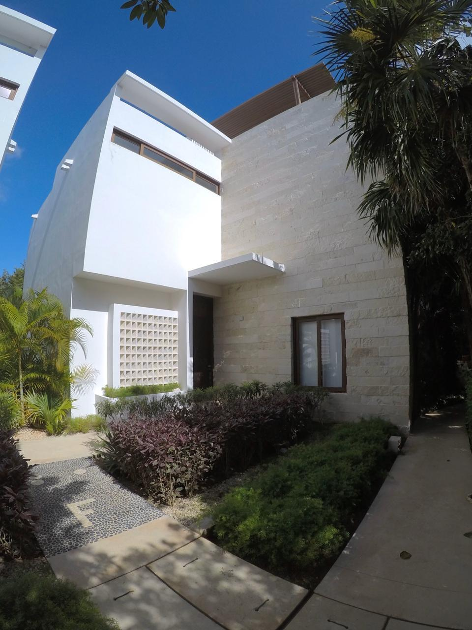Beautiful  3 bedroom house. TAO Residences, Motivated seller!